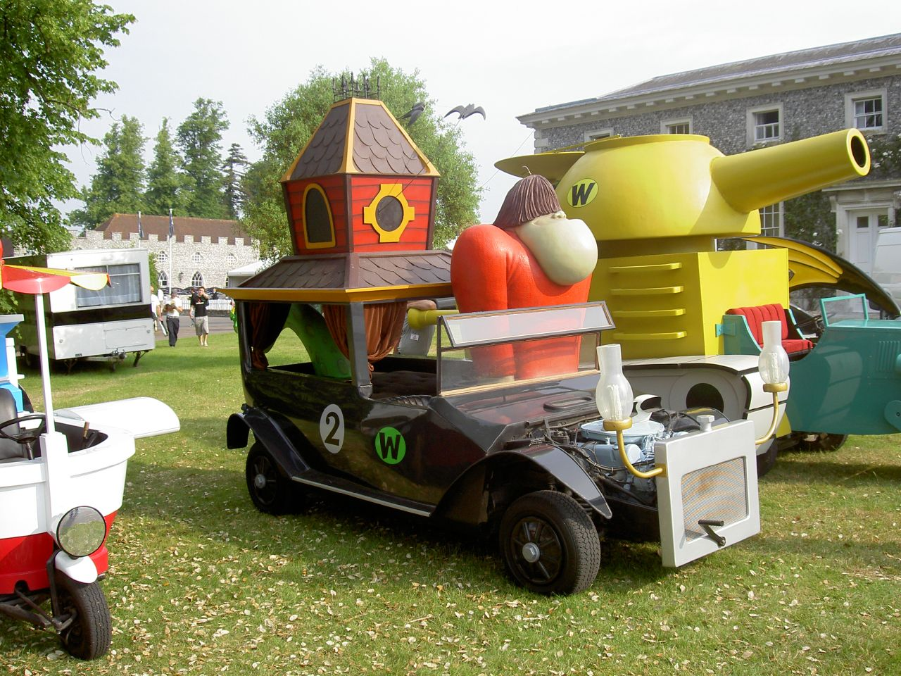 File wacky races the creepy coupe g wikimedia commons