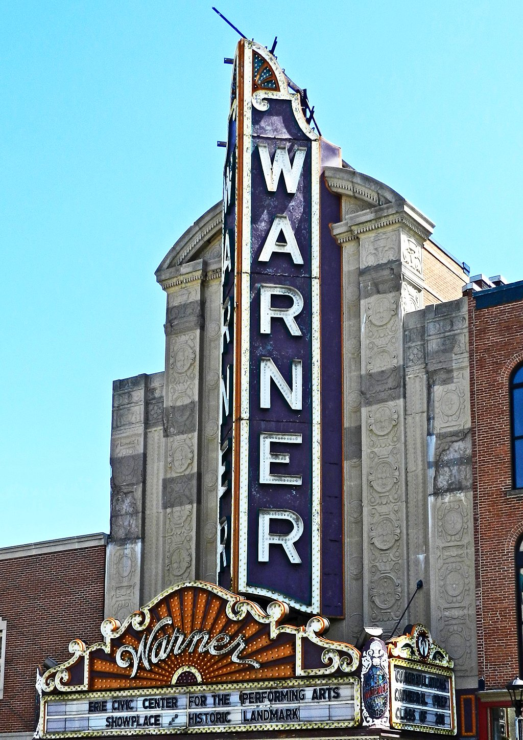 file warner theater erie pa wikimedia commons