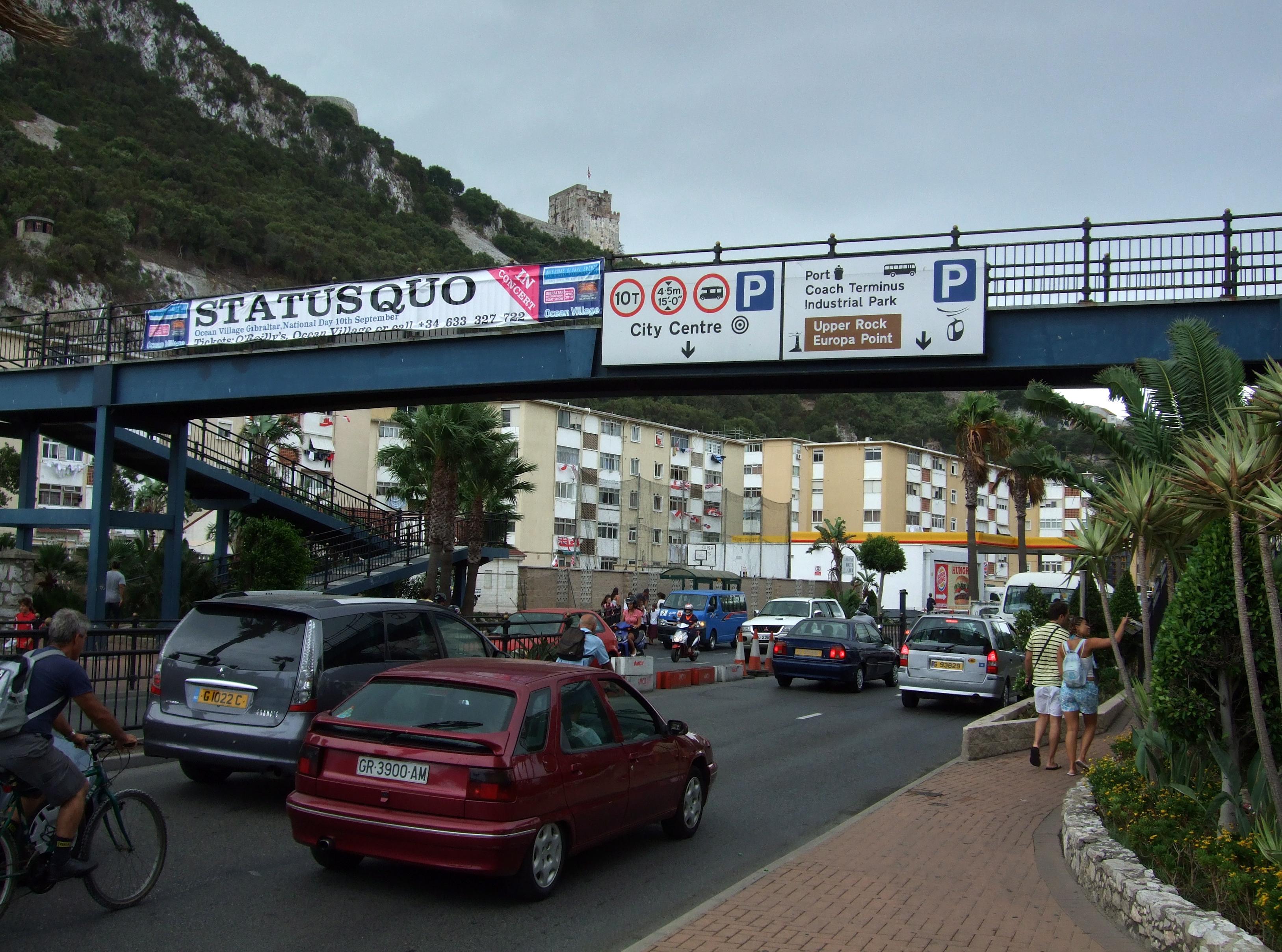 File:Winston Churchill Avenue Quo, Gibraltar.jpg