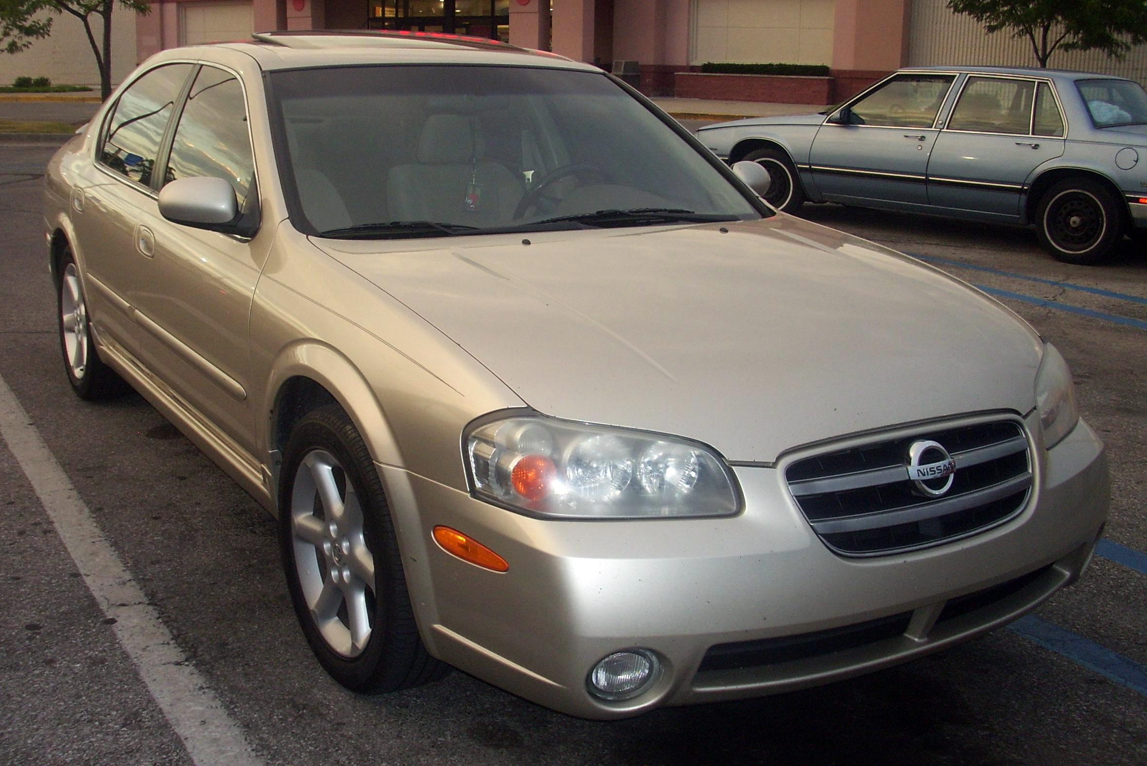 File:'02-'03 Nissan Maxima.JPG - Wikimedia Commons