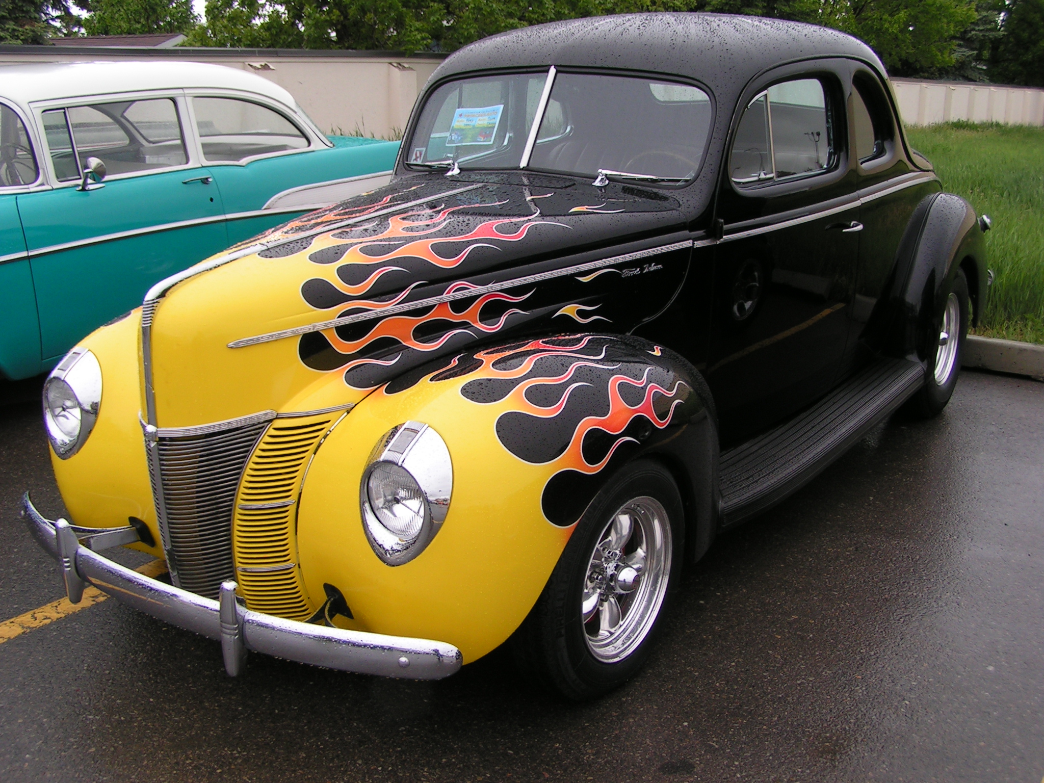 1940_Ford_Coupe_(2559240863).jpg