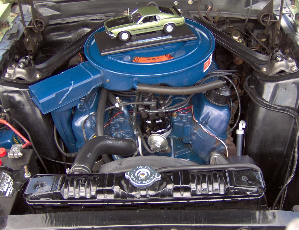 file 1969 ford mustang mach 1 351 windsor engine jpg