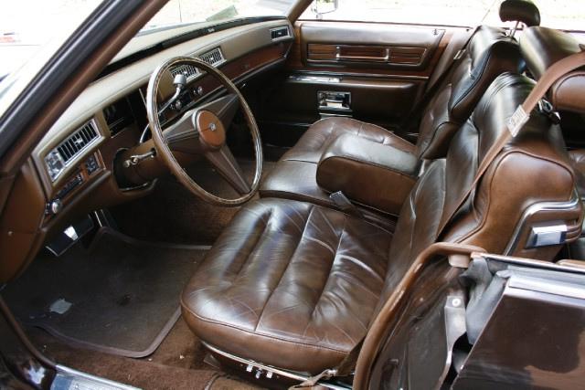File:1975 Cadillac Sedan Deville Interior