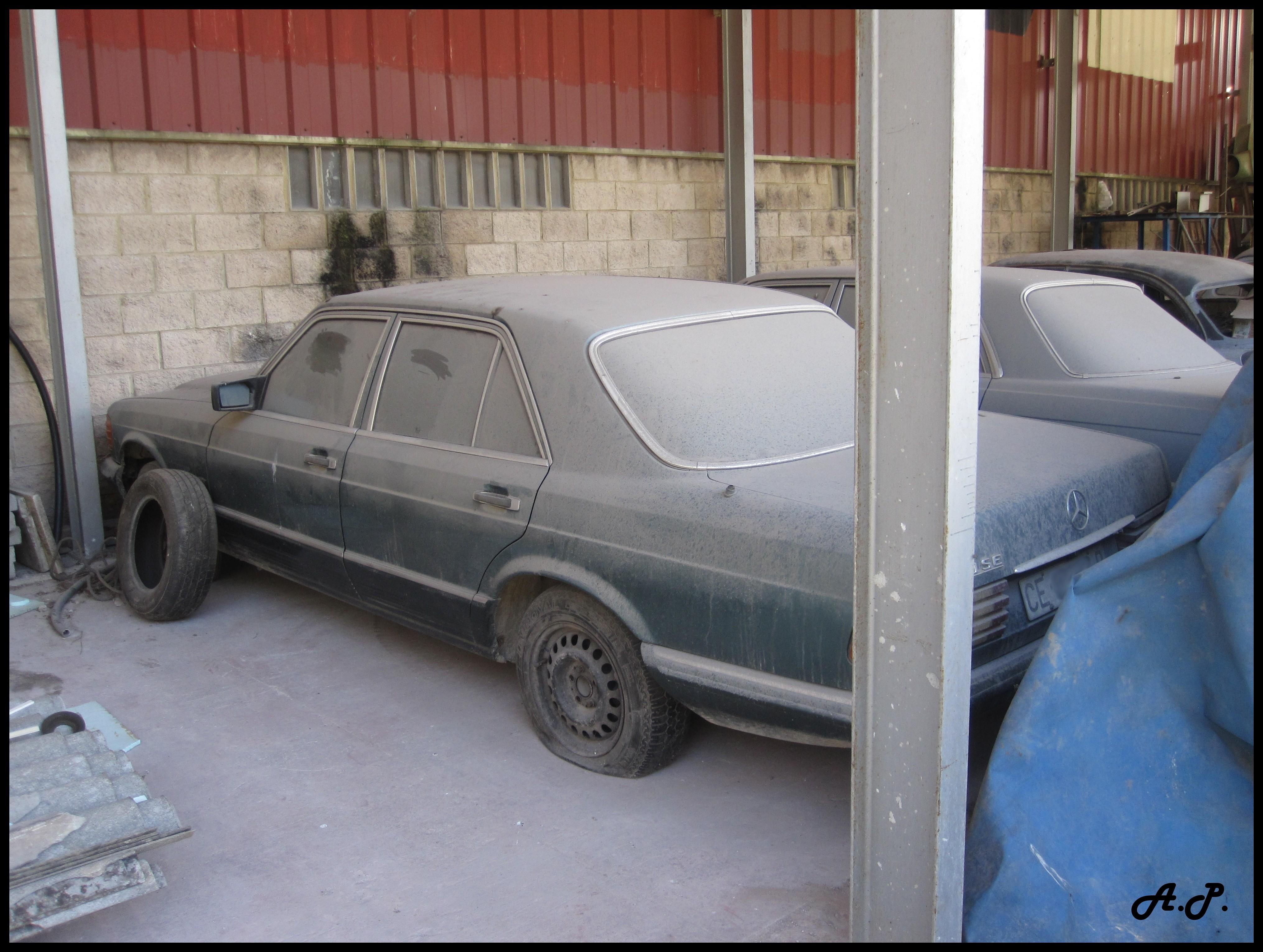 file 1981 mercedes benz 280 se w126 4238007053 jpg. Black Bedroom Furniture Sets. Home Design Ideas
