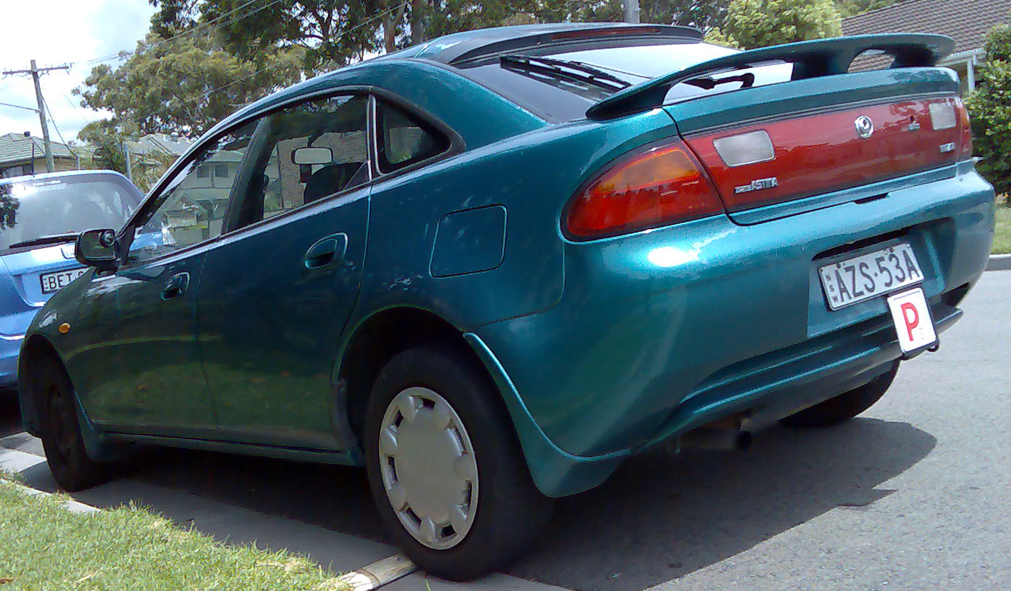 file:1994-1997 mazda 323 (ba) astina 5-door hatchback 01
