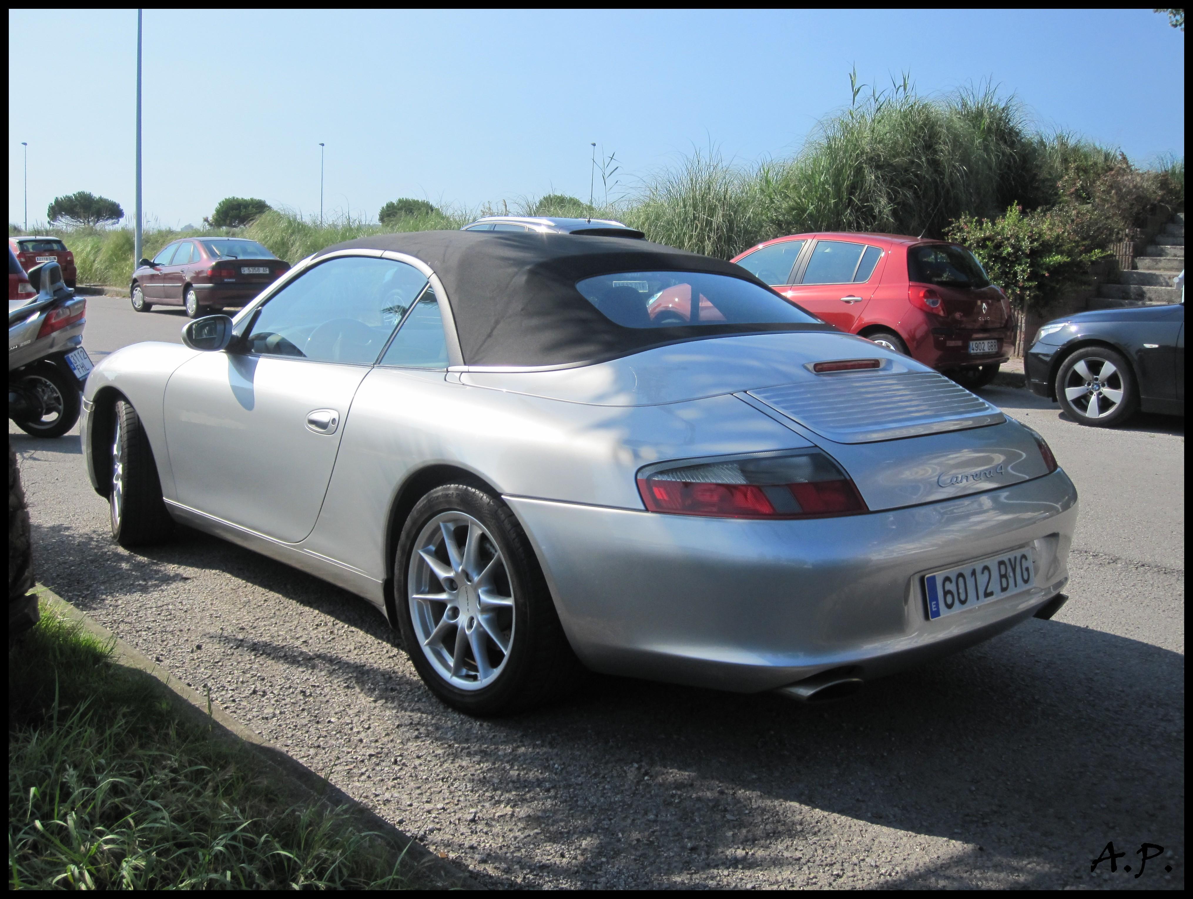 2002 Porsche 911 Carrera 4 Cabrio 996