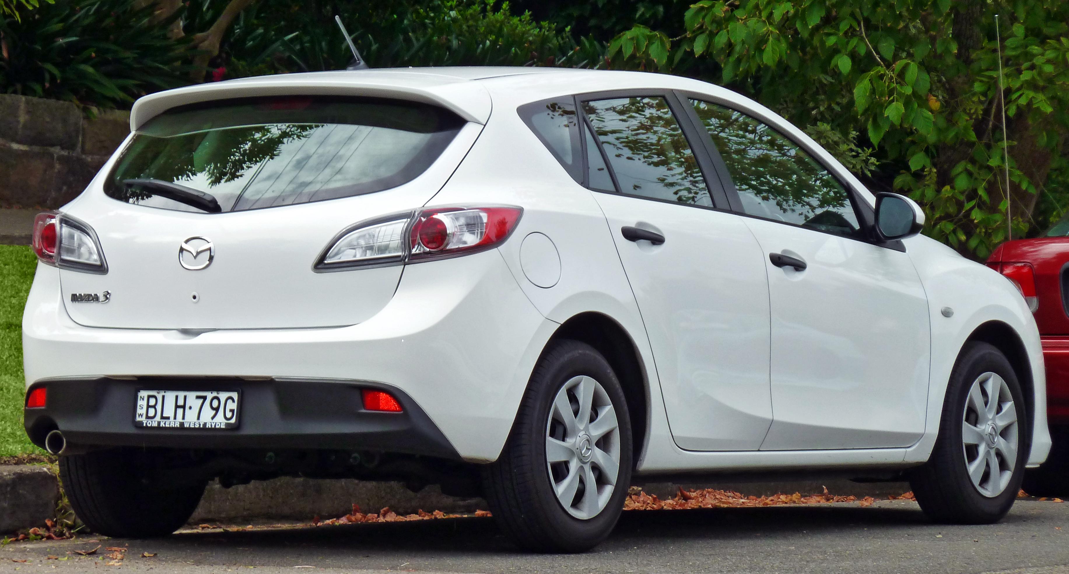 File:2009 Mazda3 (BL) Neo Hatchback (2011 03 10)