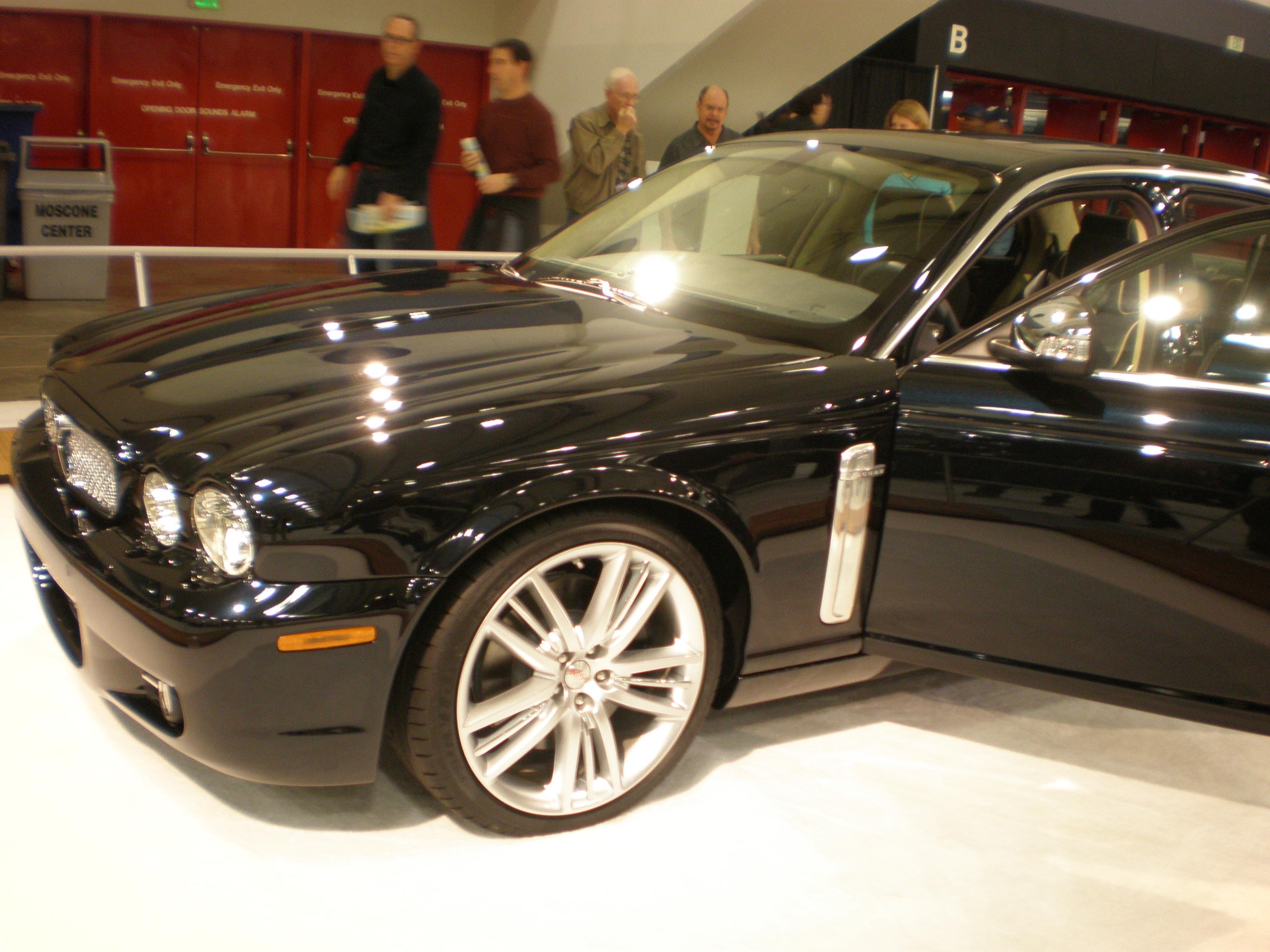 2008 jaguar super v8