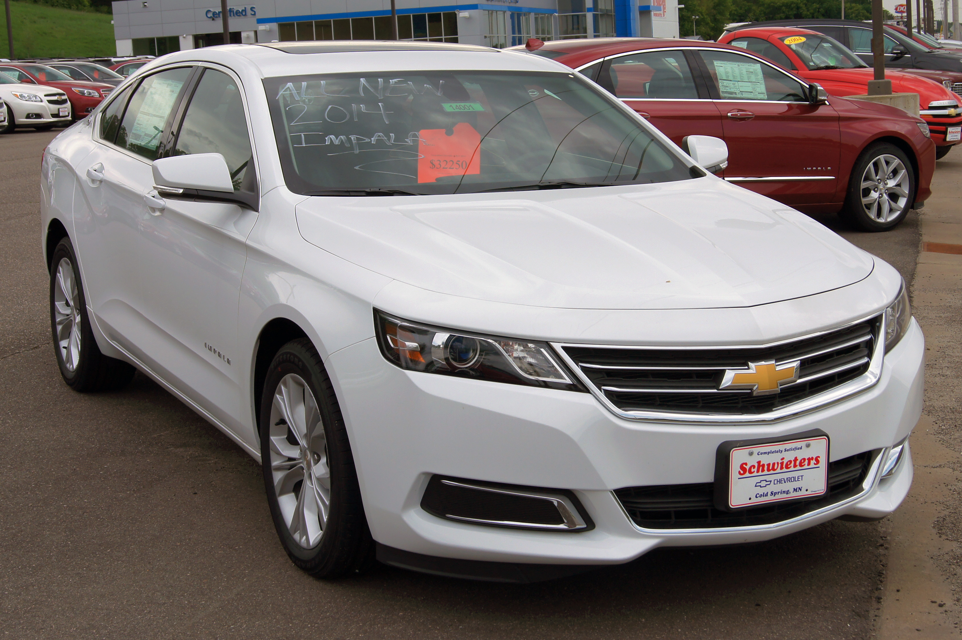 Description 2014 Chevy Impala Europe.jpg