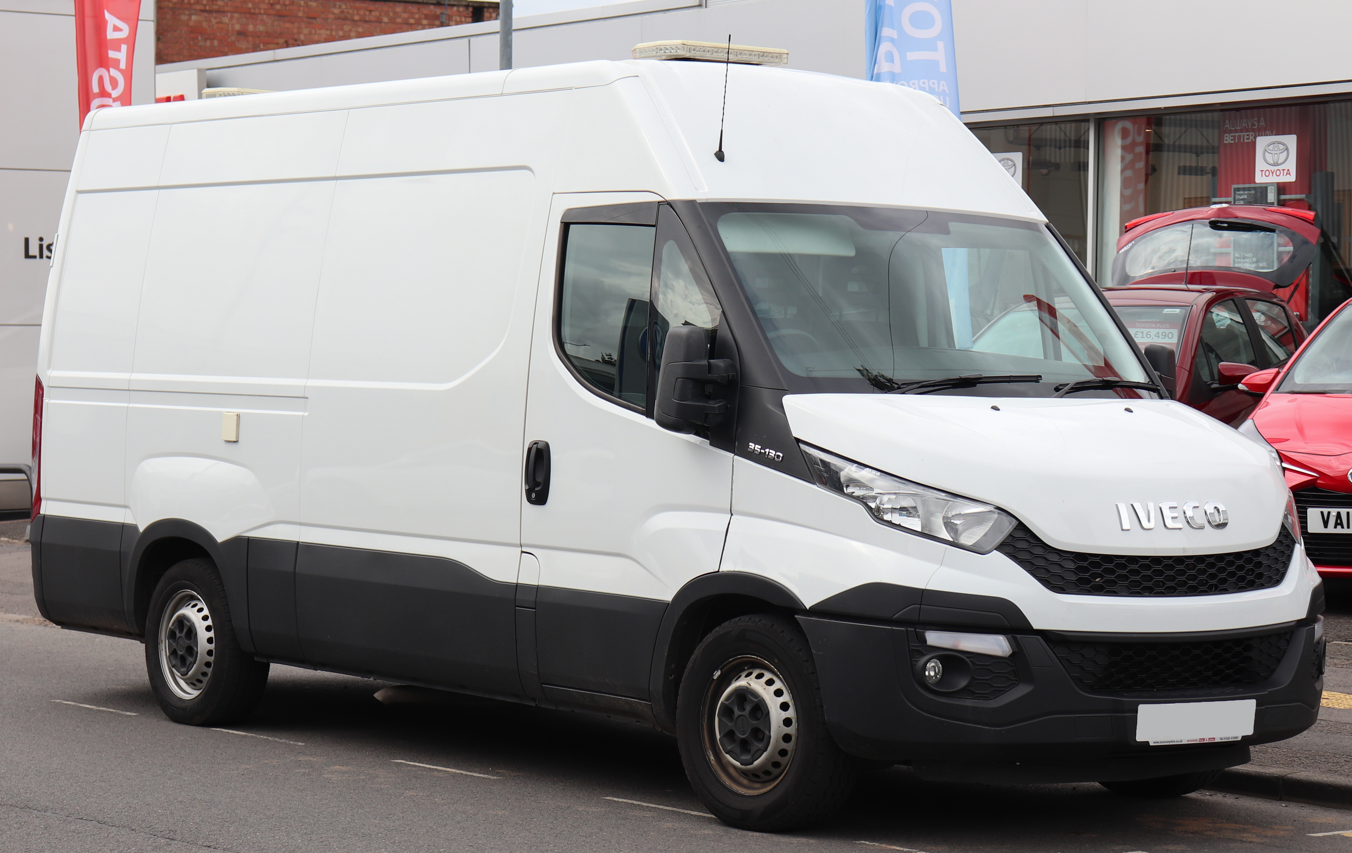 81095bf3ae Iveco Daily - Wikipedia