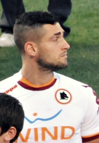 pjanic roma jersey