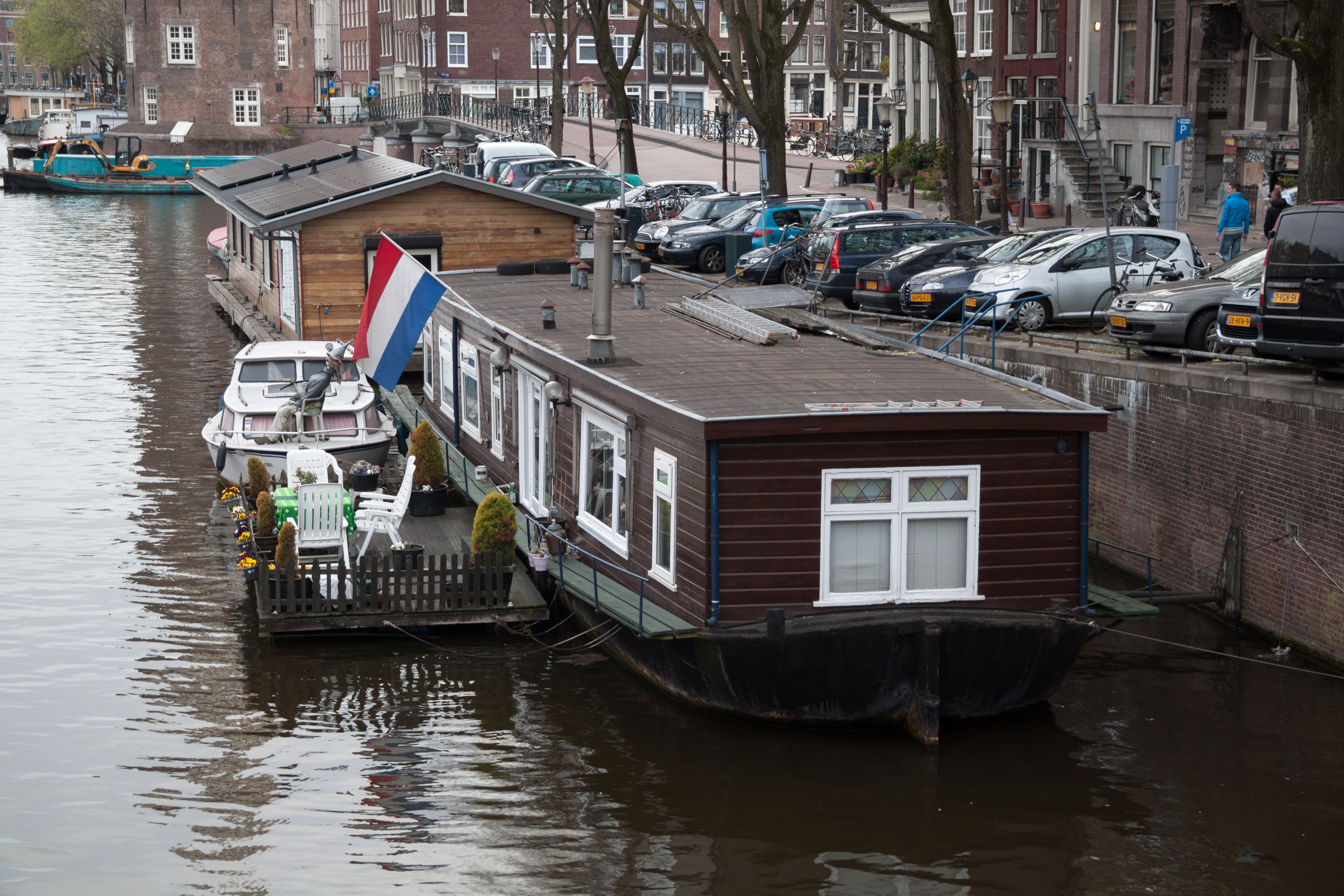 File:Amsterdam   House On The Water Design