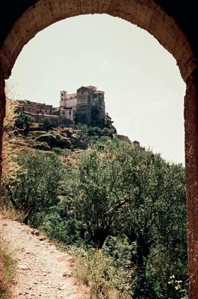 Chiesa di santa maria del poggio wikipedia for 1 piani di fattoria storia con avvolgente portico