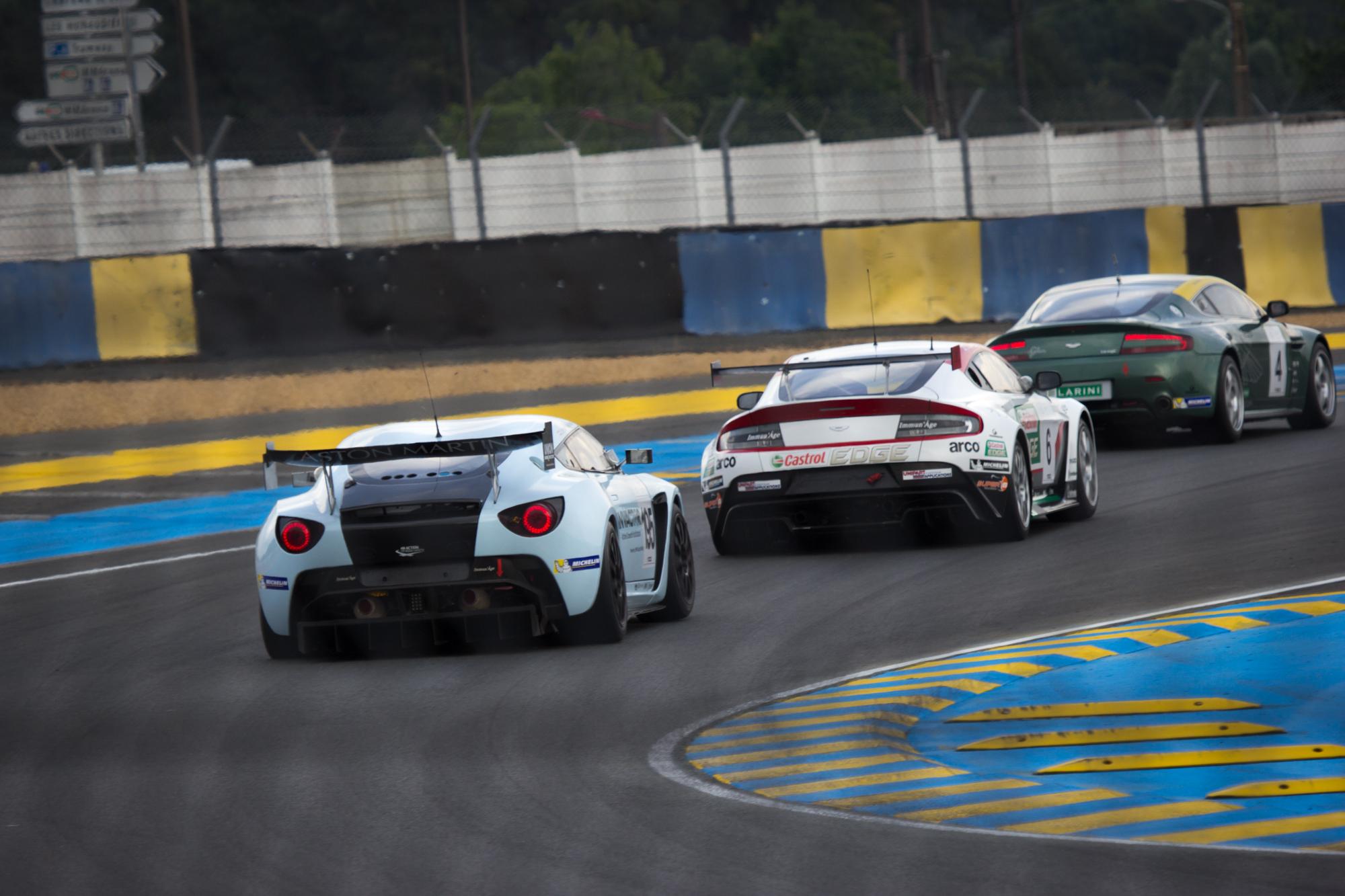 FileAston Martin V Zagato Aston Martin V Vantage VLN Aston - Aston martin v12 zagato