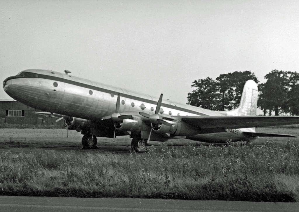 Avro_689_Tudor_5_G-AKBZ_Stansted_12.09.5
