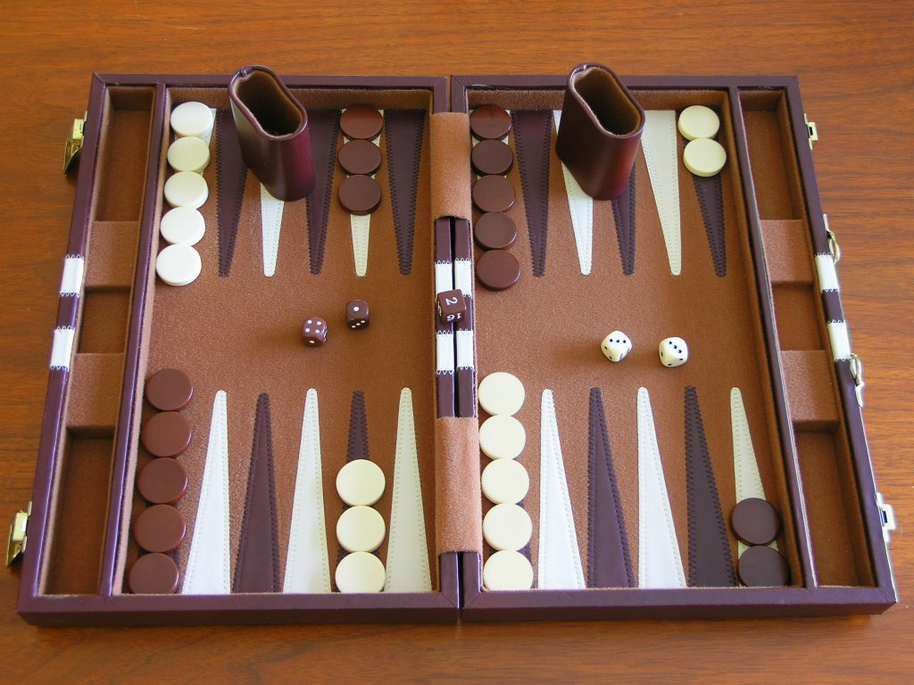 set up backgammon game