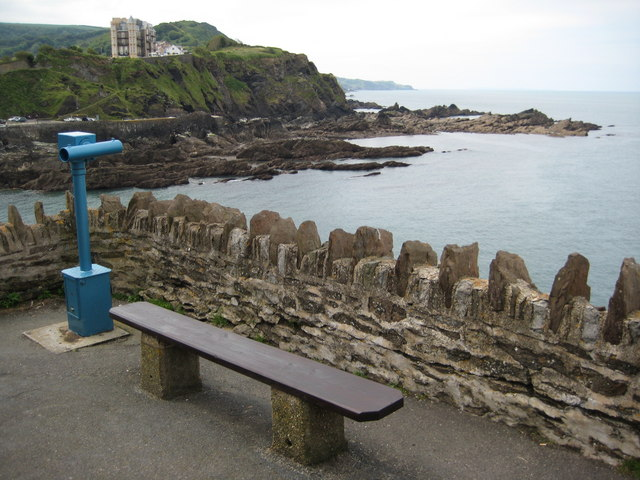 Bench and telescope, Capstone Point - geograph.org.uk - 1420705