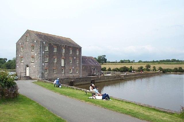 Carew Tidal Mill - geograph.org.uk - 13991