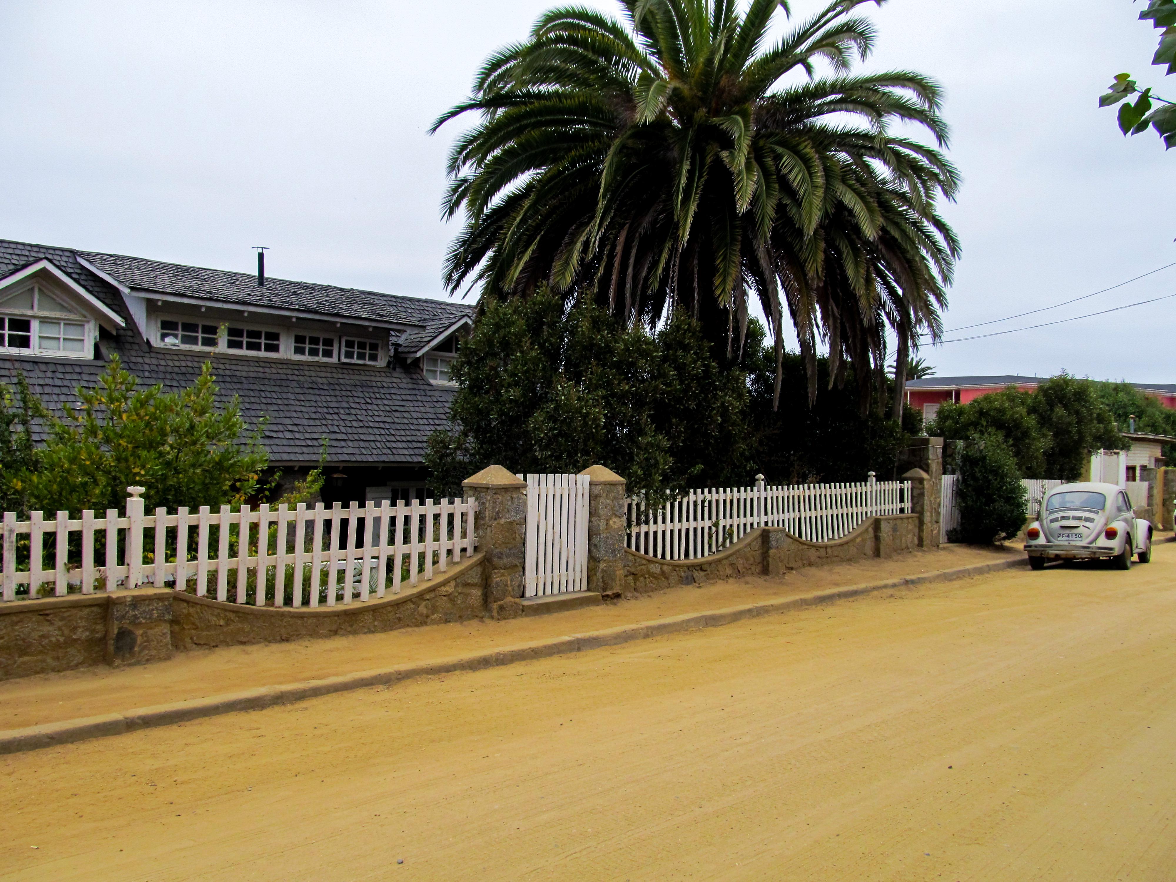 Casa de Parra en el balneario de Las Cruces, donde el poeta vivió desde los años 1980 hasta poco antes de su muerte.