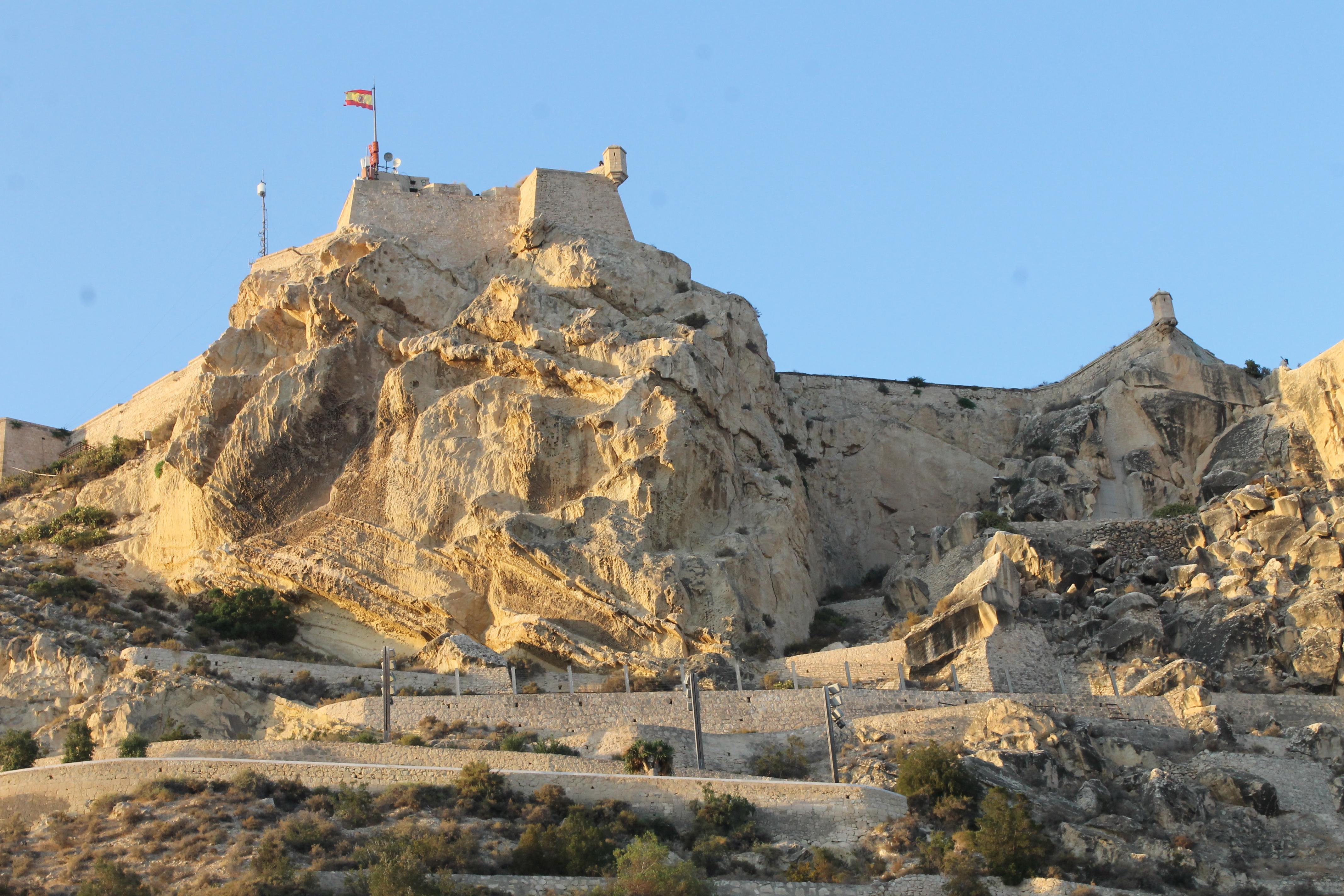 Planes en Alicante: Castillo de Santa Bárbara