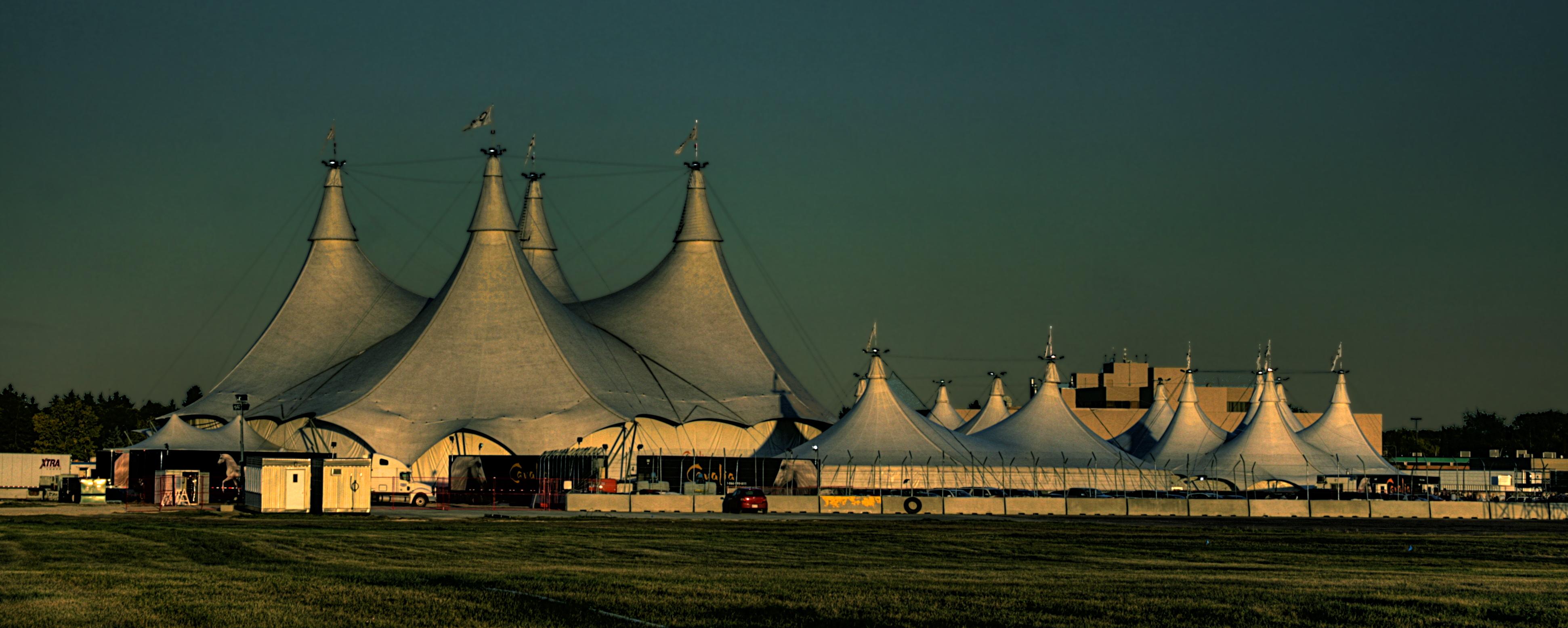 FileCavalia-Tents-Edmonton-Alberta-Canada-01A.jpg & File:Cavalia-Tents-Edmonton-Alberta-Canada-01A.jpg - Wikimedia Commons