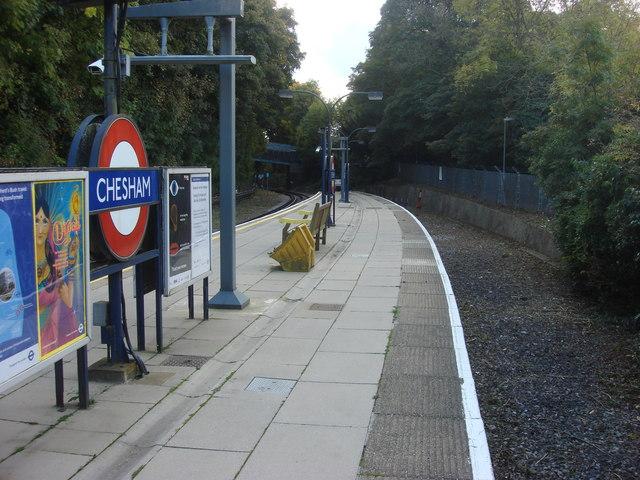 Chesham tube station, former bay platform - geograph.org.uk - 1017309