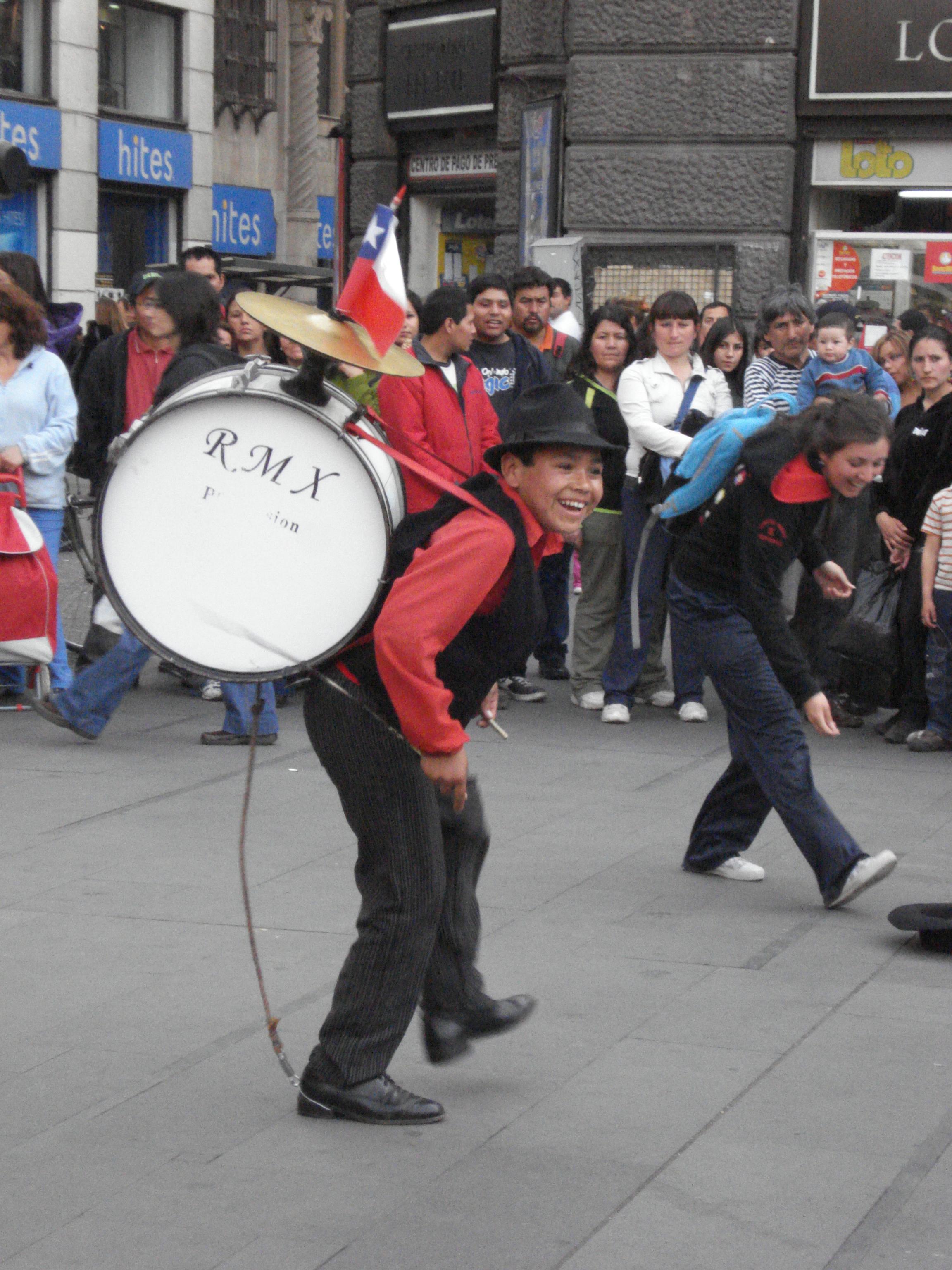 chinchineros chilenos - YouTube