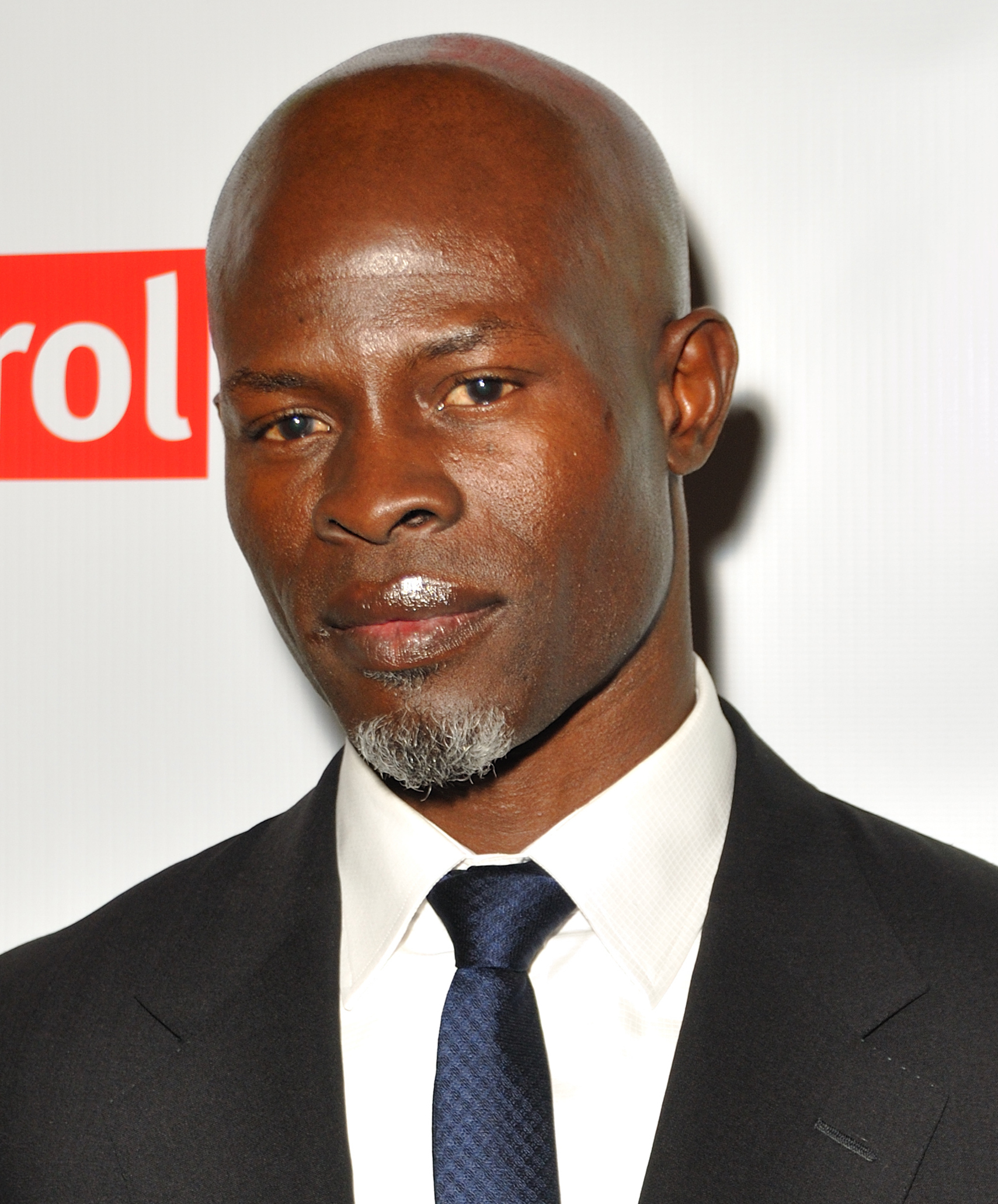 Djimon Hounsou 2019 Kahl Haar & Alternative Haarstil.