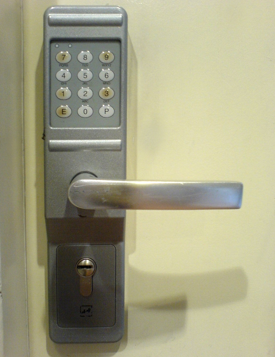 keypad.jpg | Locksmiths Harrogate | Easy Pickings Locksmiths