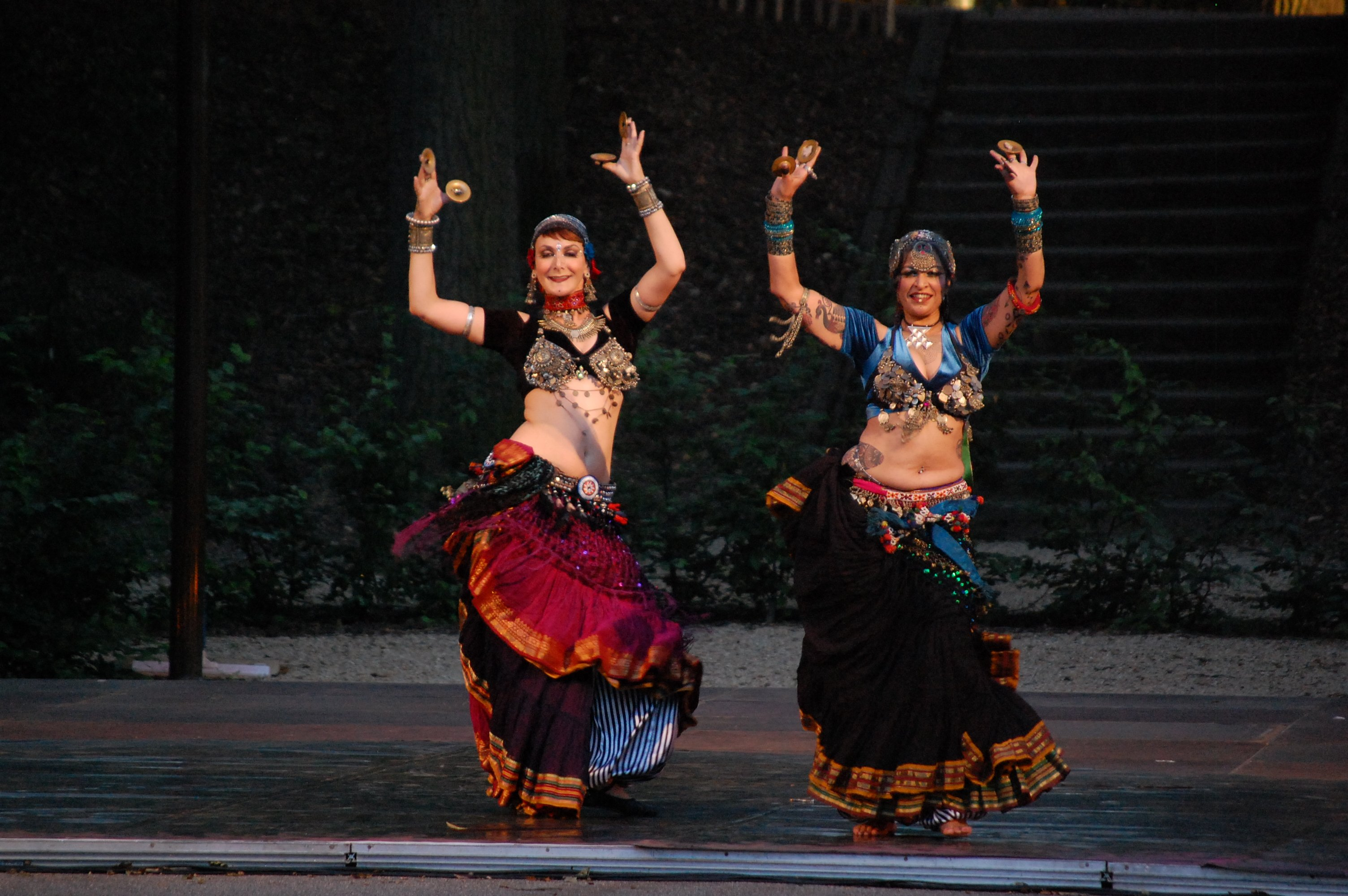 20 Amazing Dances From Around The World That Will Get Your ...