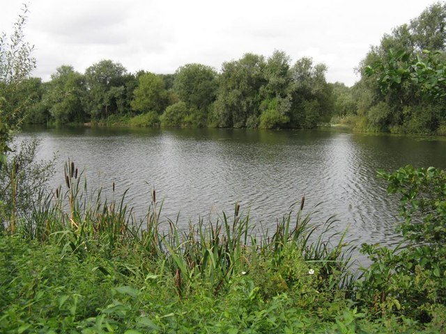 Finger Lake at Priory Country Park - geograph.org.uk - 956720