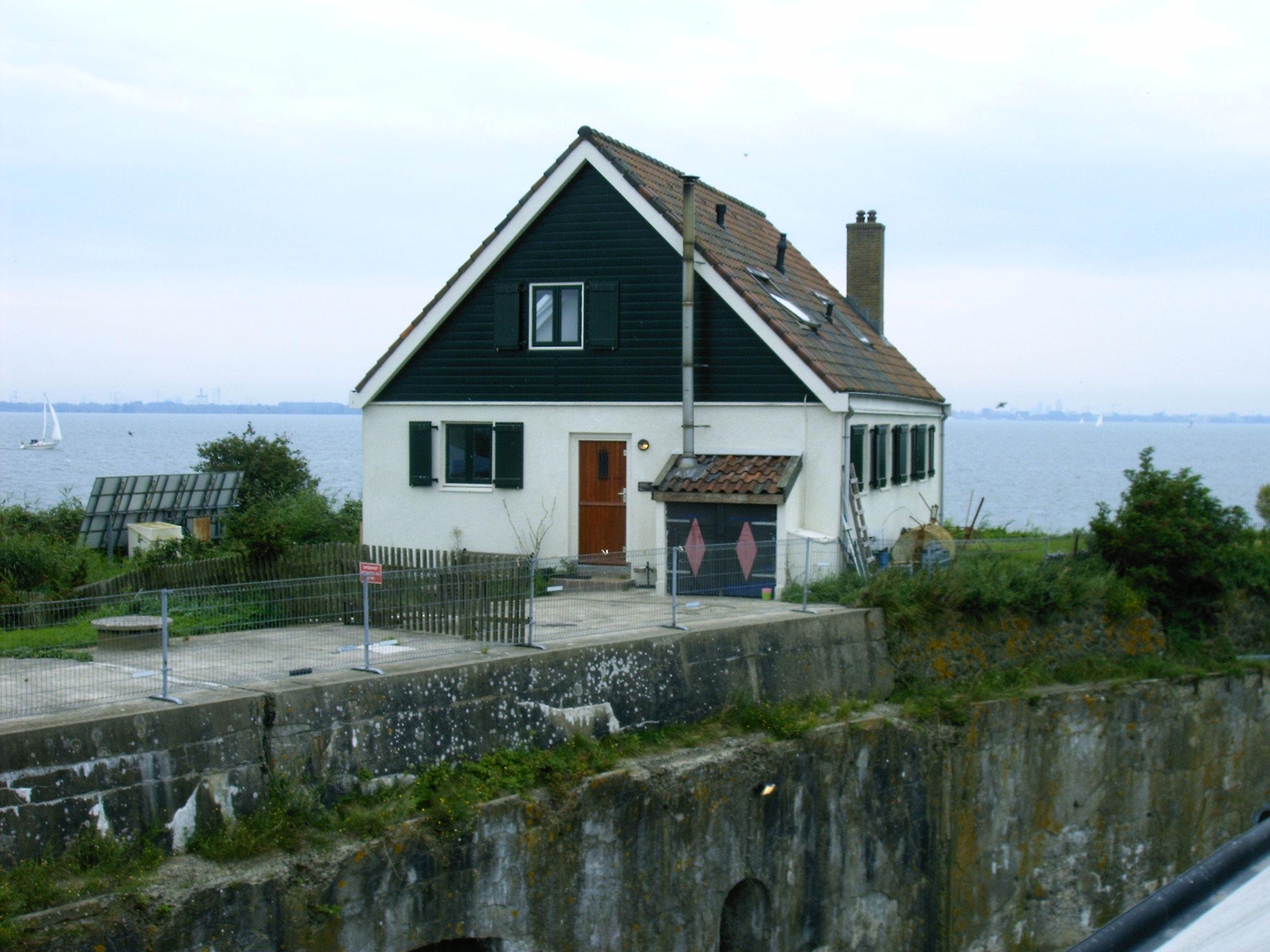 File fort pampus het huis van de fortwachter jpg wikimedia commons - Versier het huis ...