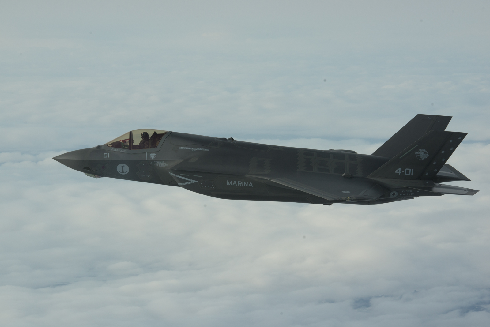 File:Il primo F-35B della Marina Militare in volo.jpg - Wikipedia