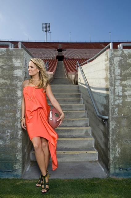 Jenn_Brown_Orange.JPG (425×641)