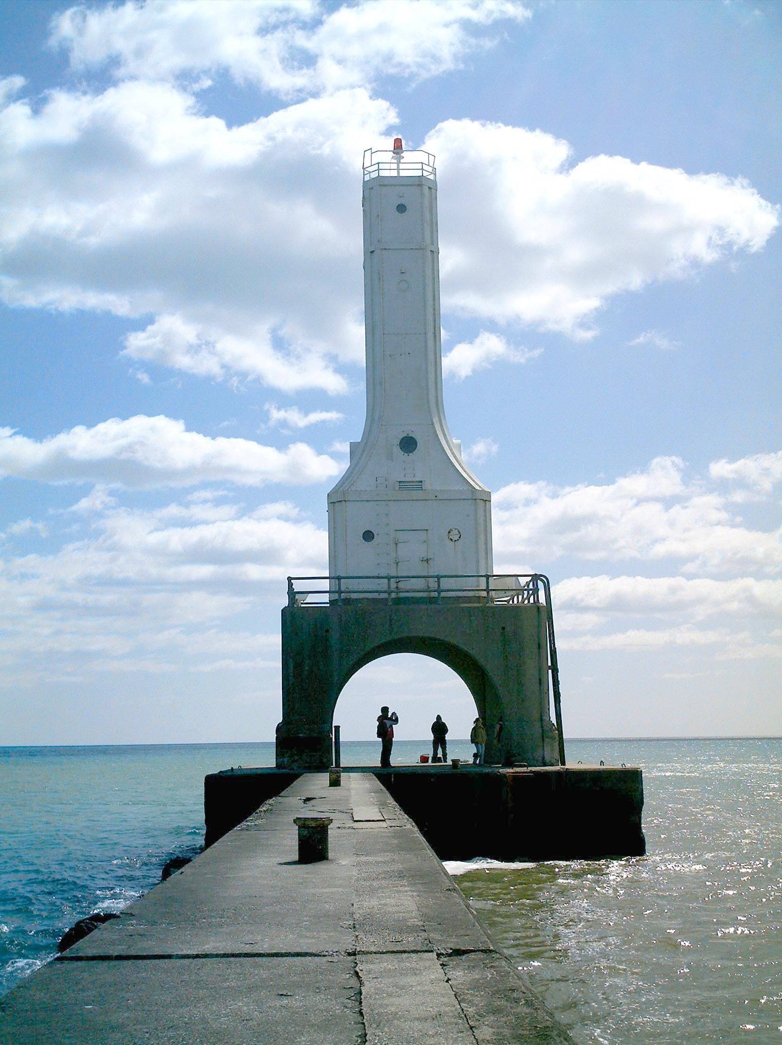 File lighthouse port washington for Port washington wi