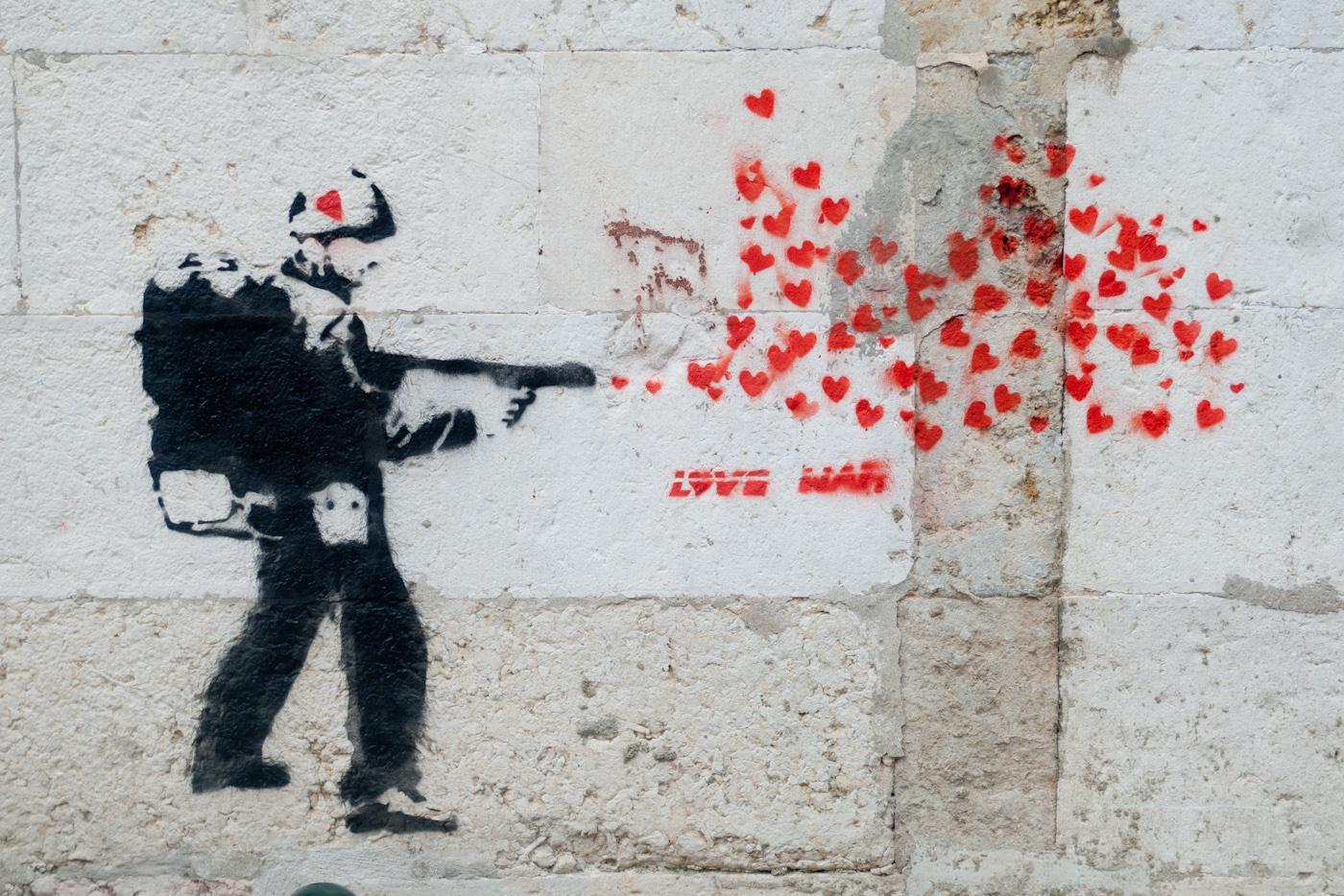 File:Love war (6405241535).jpg - Wikimedia Commons