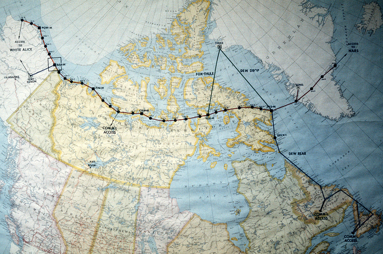 Arctic Line : Above the arctic circle a cold war rosh hashana