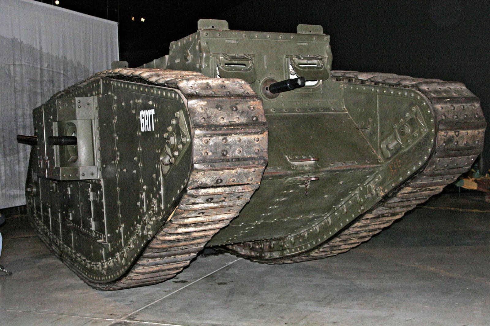 Mark_IV_tank.jpg
