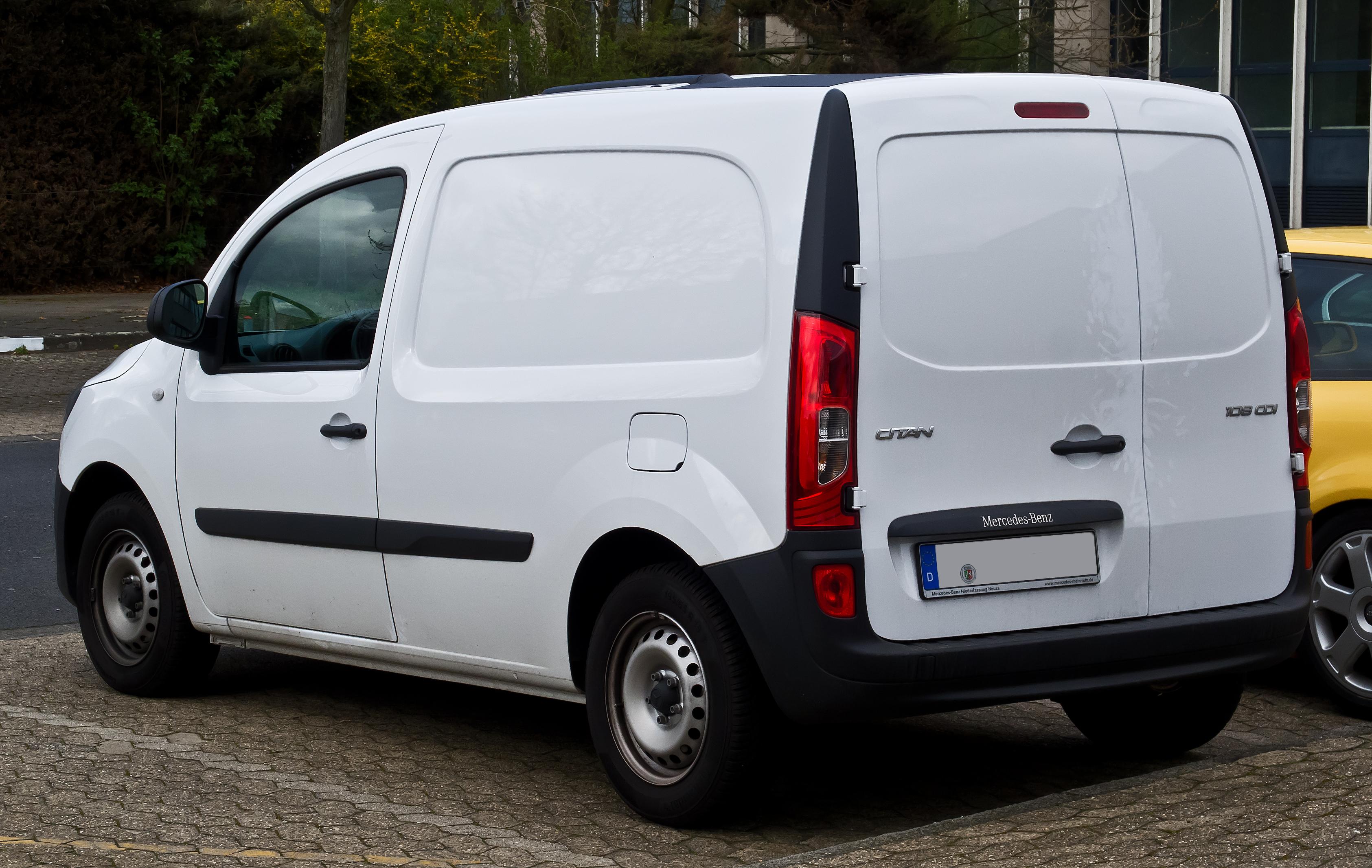 file mercedes benz citan kastenwagen lang 108 cdi w 415. Black Bedroom Furniture Sets. Home Design Ideas
