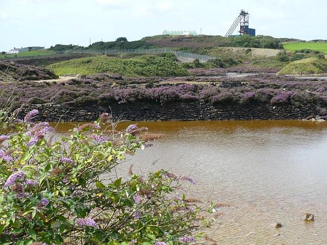 Modern mine on Parys Mountain - geograph.org.uk - 927525
