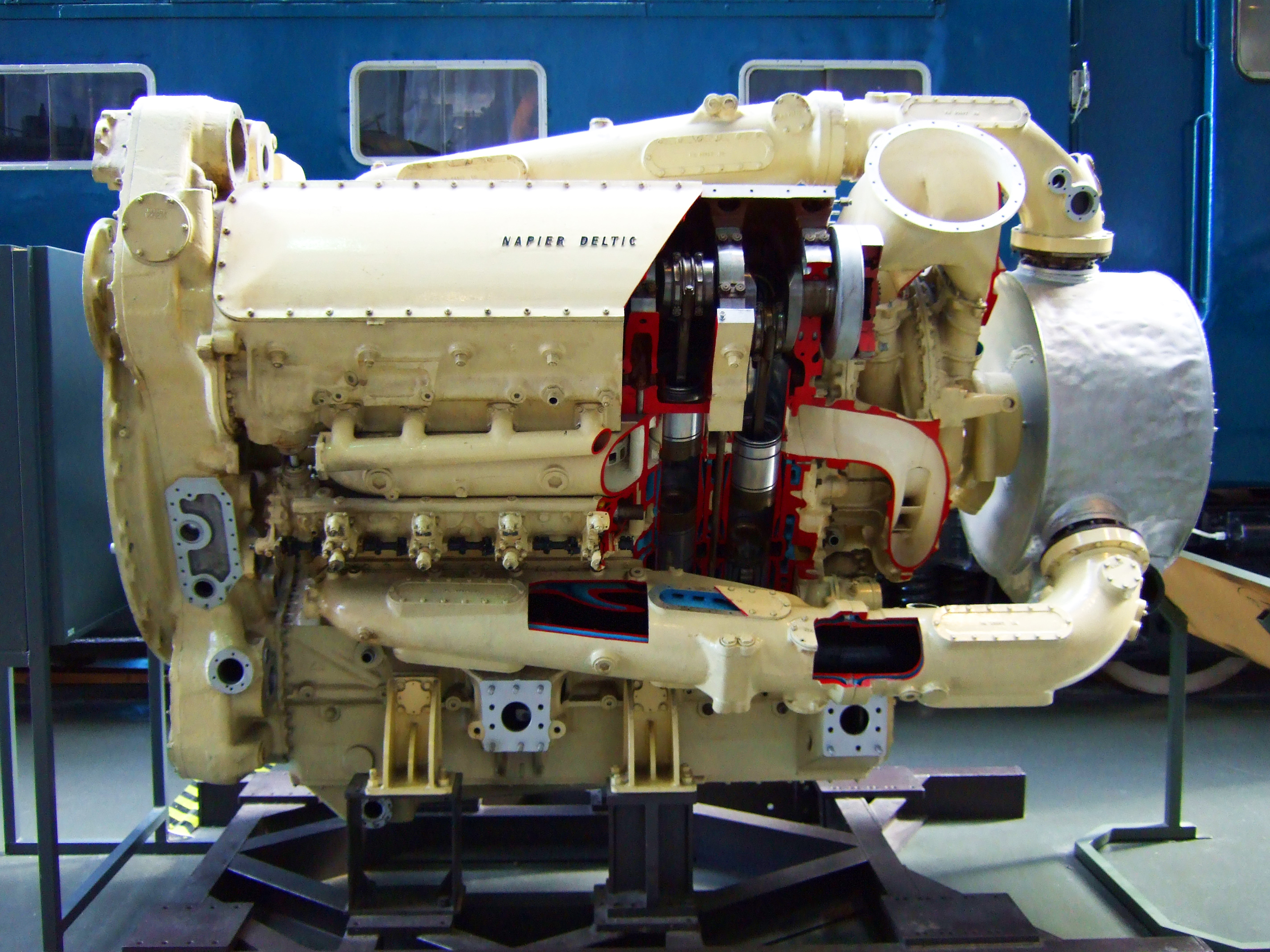 Napier_Deltic_Diesel_Engine_National_Railway_Museum.jpg