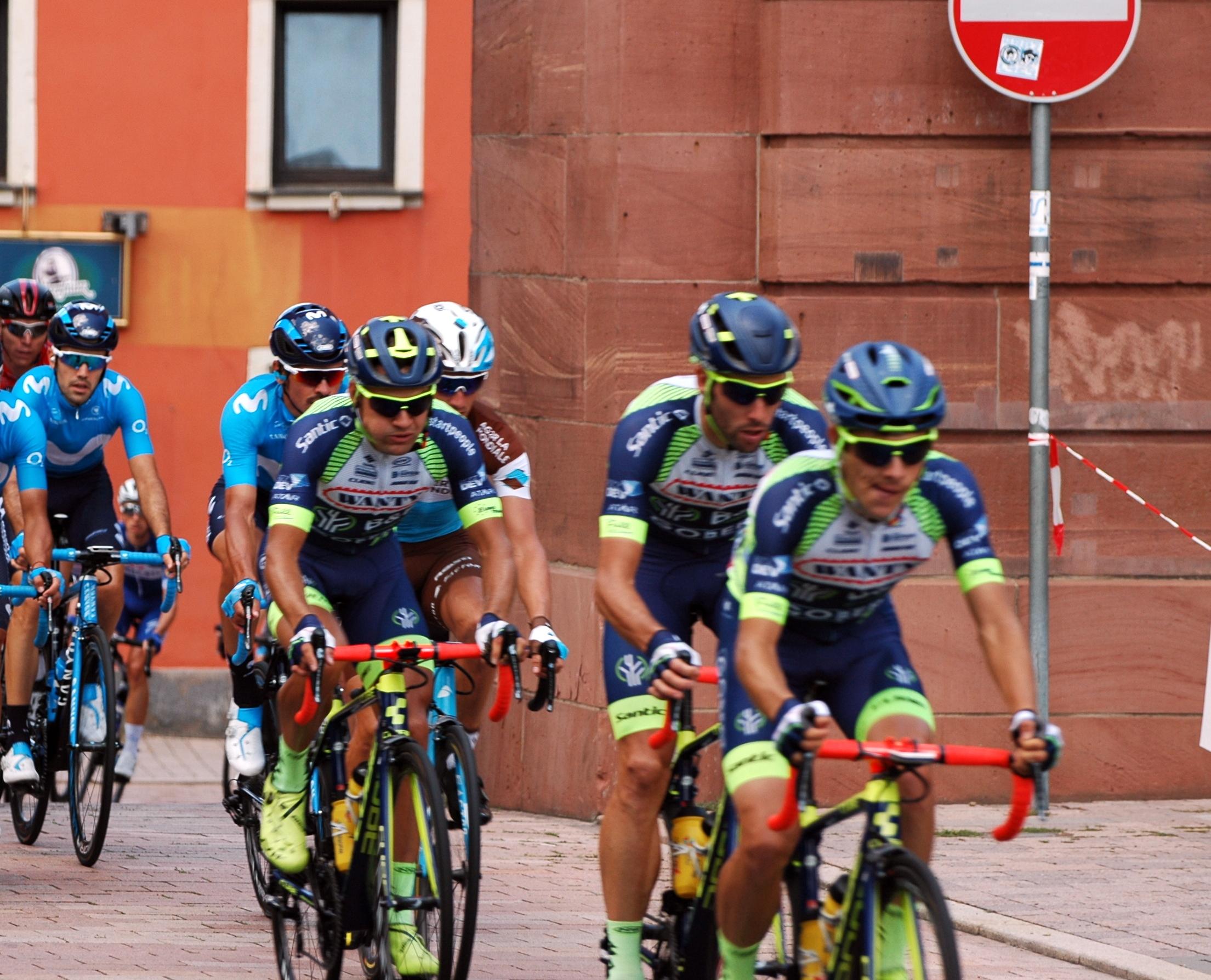 File Neckargemünd - Deutschland Tour - Wanty-Groupe Gobert - 2018-08-26  13-31-17.jpg ea4f9e4fd