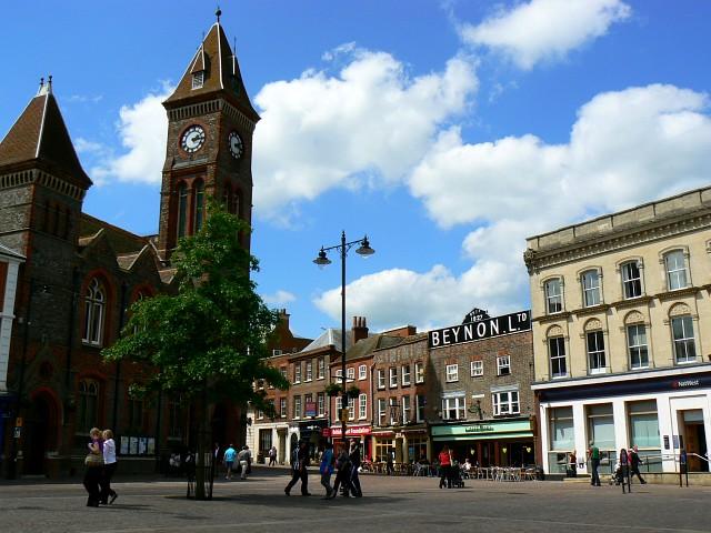 File:Newbury market place.jpg