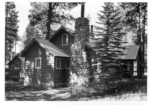 File:North Rim ranger residence.jpg