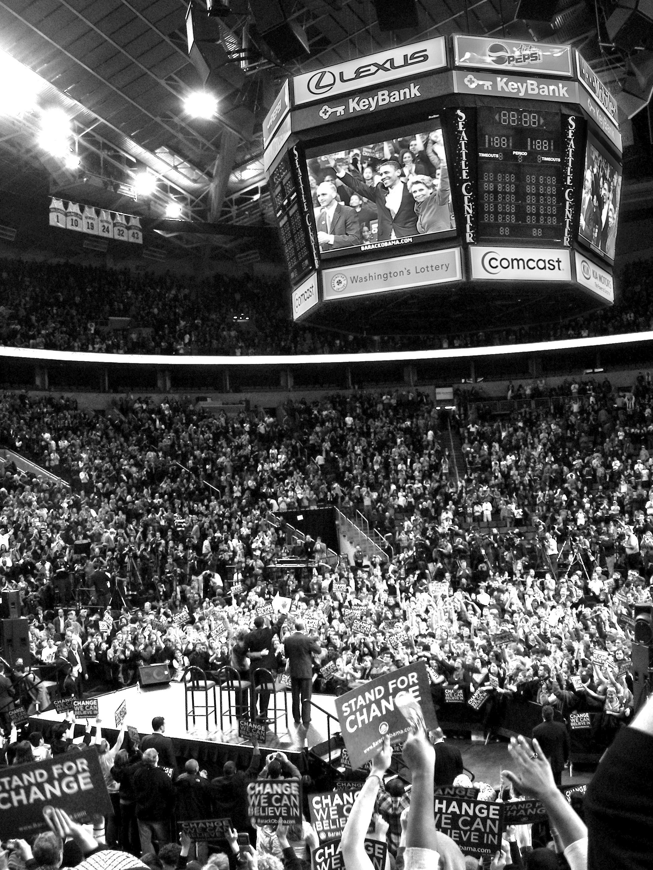 An Obama rally in Seattle, Washington, draws 18,000 people.