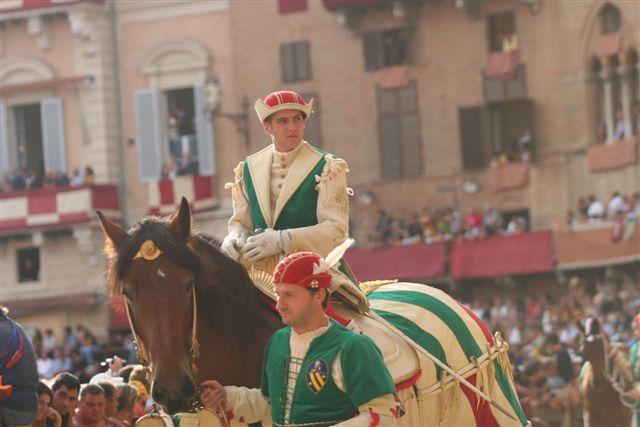 Palio Assunta 2008,  Il fantino Giovanni Atzeni
