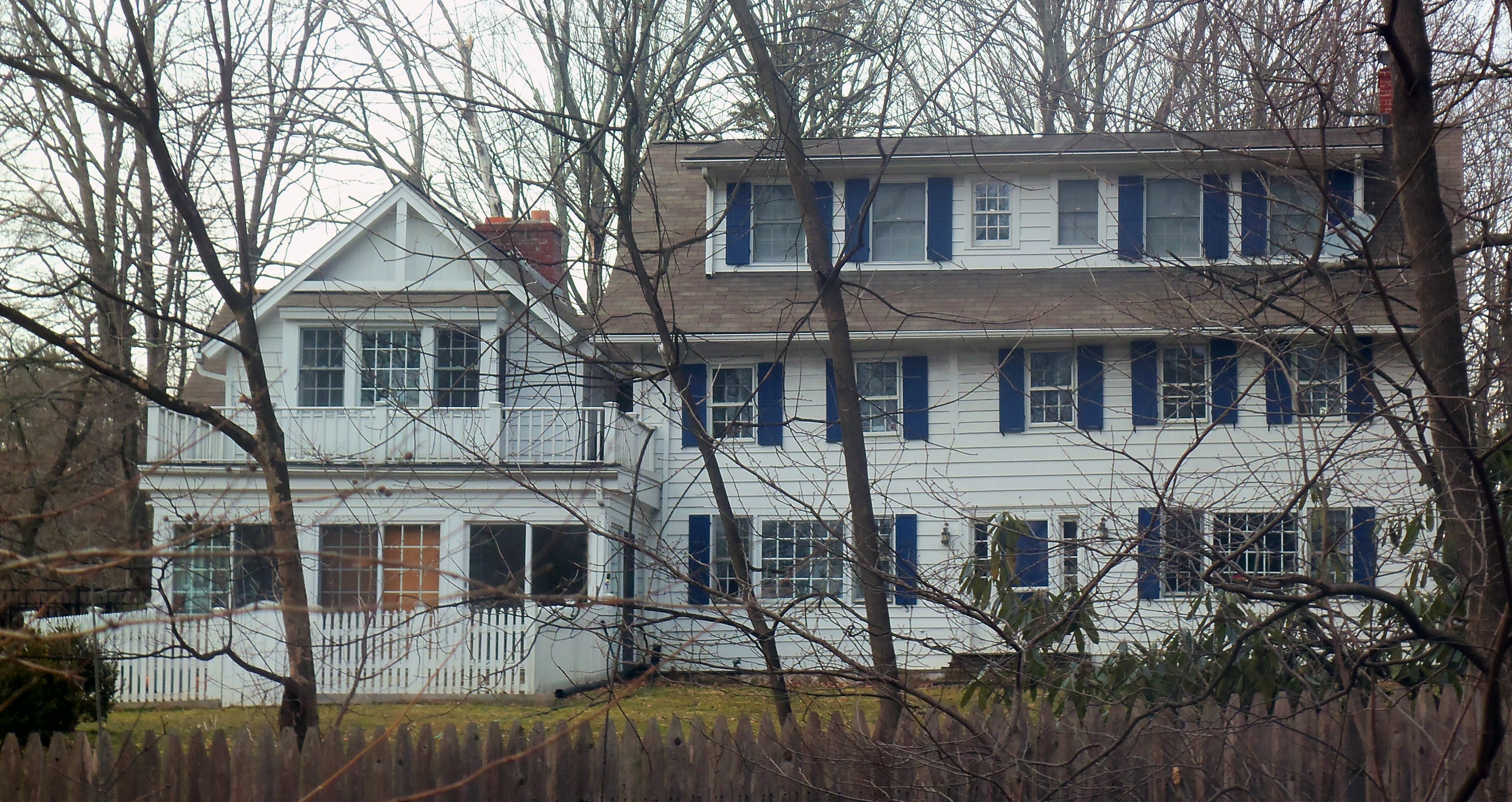 File Sutton Reynolds farmhouse Chappaqua NY Wikimedia mons
