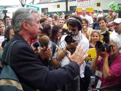 Tom Hayden photo