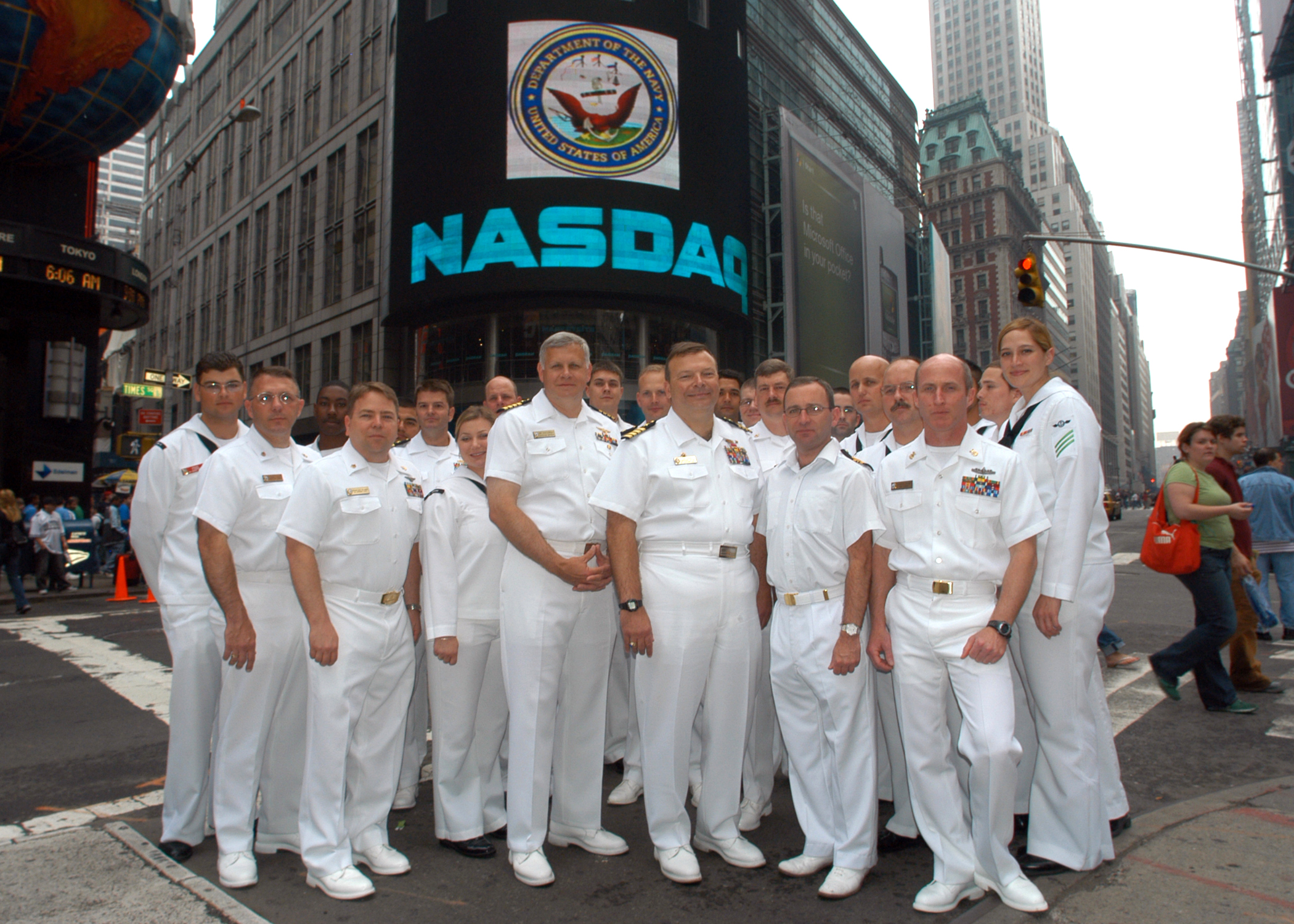File:US Navy 060526-N-1371G-053 2006 New York Fleet Week Events ...