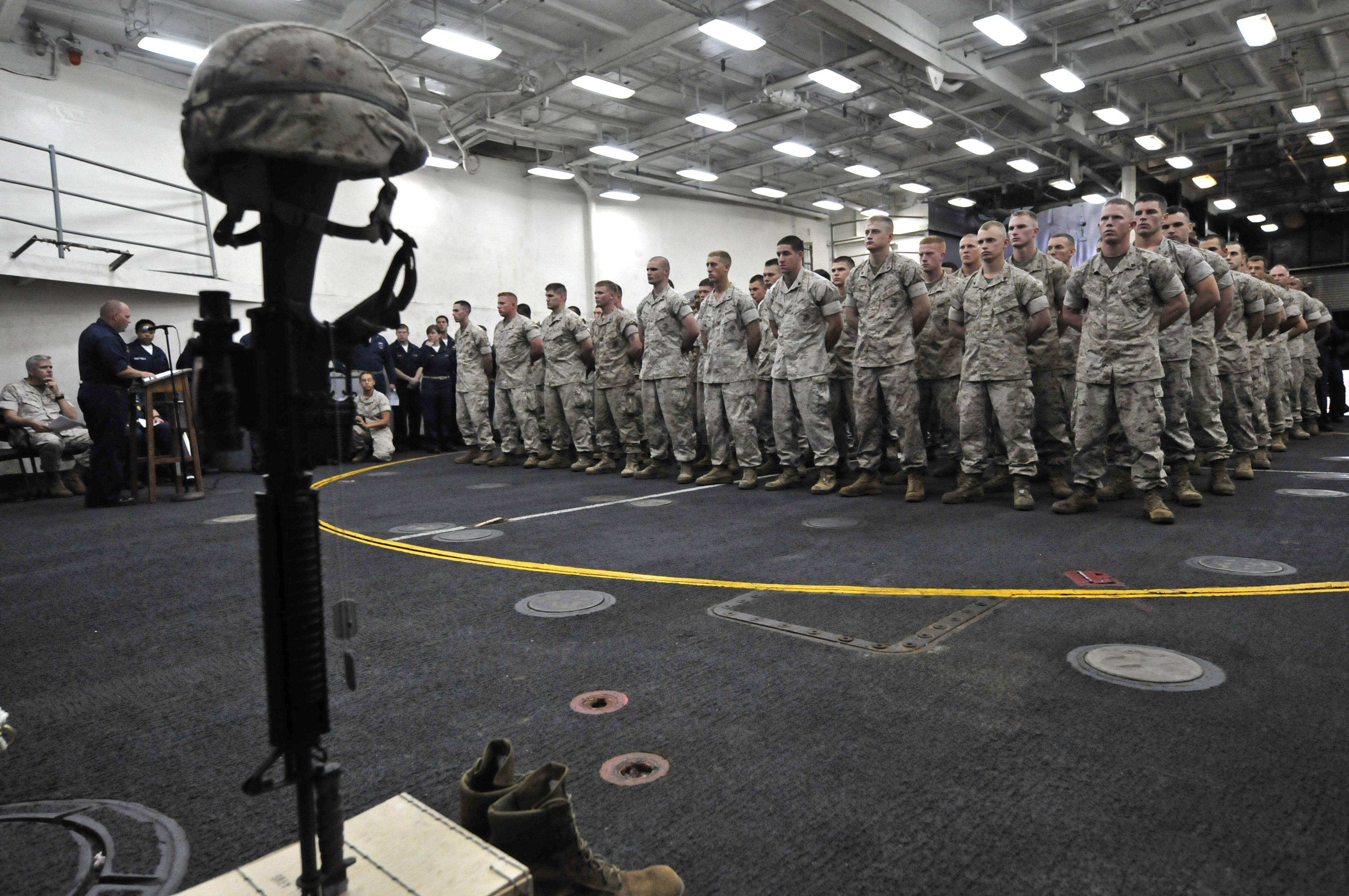 File:US Navy 100530-N-7364R-041 Marines attend a Memorial ...